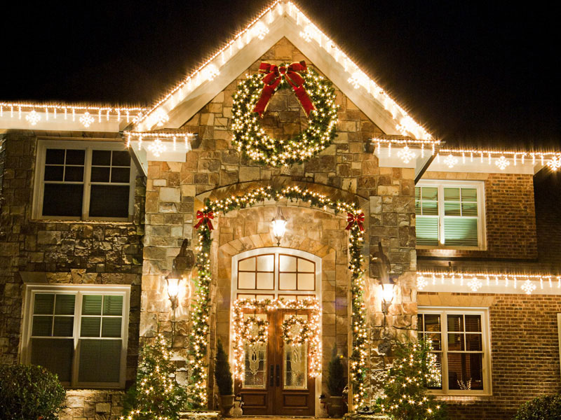Delaware County Handyman Picture Of Holiday Lights Installed